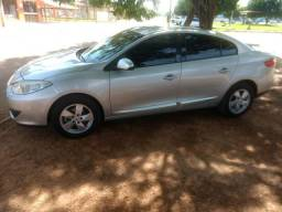 Renault Fluence 14, automatico top da categoria - 2014
