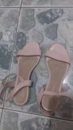Sandalia salto baixo rosa