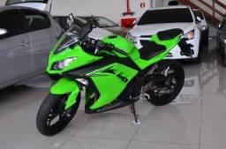 Kawasaki Ninja 300 - 3.600 KM, Ipva pago 2019 - Único Dono - 2018