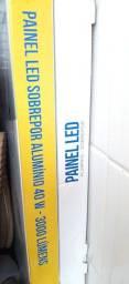 Painel Led alumínio sobrepor e kit acessórios para banheiro Premium 5 peças branco.