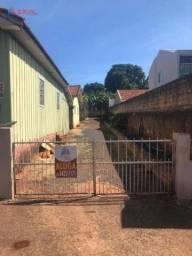 Casa com 3 dormitórios para alugar por R$ 600/mês - Centro - Jandaia do Sul/Paraná