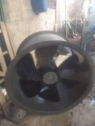 Exaustor trifásico hélice de fibra de vidro 220/380