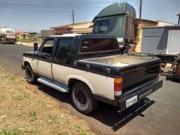 Vendo camionete GM/D-20 cab dupla