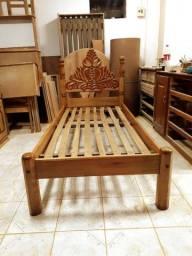 Vendo cama de solteiro reformada