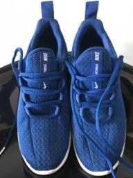 Tenis Nike Sportswear número 34 azul