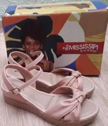 Sandália Mississipi novinha, na caixa, 36, só 1 vez de uso