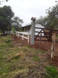 Oportunidade - Chácara de 3000m, com casinha simples