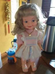 Vendo : boneca guigui anos 80 Quero 850 reais  aceito cartão