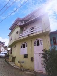 Casa em cima do centro bairro recanto !!!