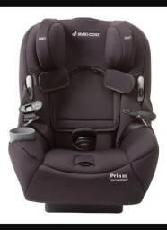 Cadeira para Auto Maxi Cosi pria 85 preta Excelente estado até 40kg. Apenas 1 ano de uso