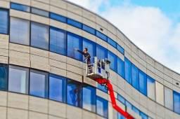 CLS limpeza fachada vidro *.