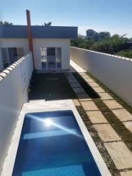 Casa nova Lado Praia com piscina e quintal amplo em Itanhaém.