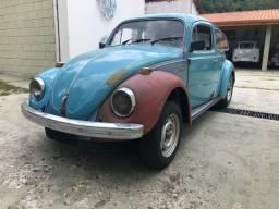Volkswagen fusca fuscão 1500 1973 VW azul Niágara