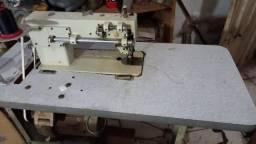 Maquina de costura para tapeçaria