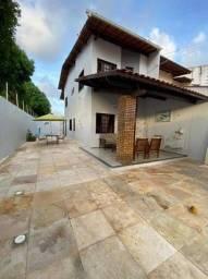 Casa com piscina Maraponga financia