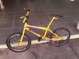 Bicicleta pouco usada com nota fiscal
