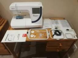 Bordadeira Elna 8300 usada maquina de bordar