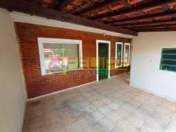 Casa à Venda no Jardim Matilde, Ourinhos/SP, com 03 quartos (Apenas R$190.000)