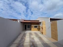WS casa nova com 3 quartos 2 banheiros com fino acabamento pertinho de messejana