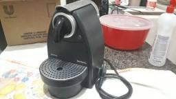 Aquele cafezinho expresso no fim de tarde hummm -Cafeteira Nespresso pouco usada 220v