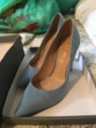 Sapato Scancarpin da arezzo azul tamanho 36