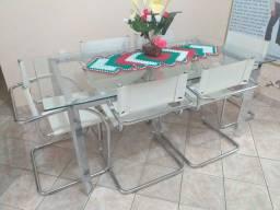 Mesa com 6 cadeiras armação cromadas, cadeiras de couro legítimos