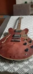 Guitarra semi acústica Groovin Classy
