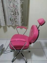 Cadeira (cabeleireira(o)e ou maquiagem)