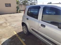Vende-se Fiat Uno 2013 completo