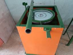 Repuxadeira de tampa para exaustor eolico