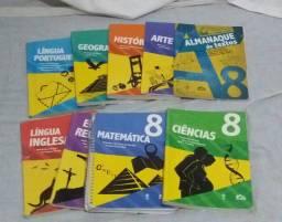 Livros 8°ano da Escola Adventista