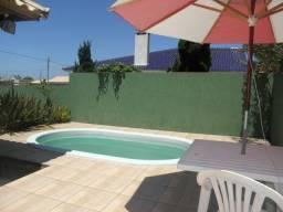Casa com piscina 300,00 a diária