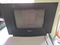 Tv  em cores Modelo: c 1461 us