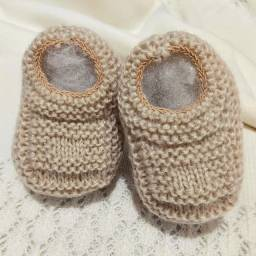 Sapatinho de Bebê de Tricô Nude - 0 a 3 meses