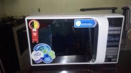 Microondas e fogão cooktop