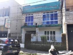 Casa na campina em 2 terrenos prox. Presidente Vargas aceito permuta em apartamento