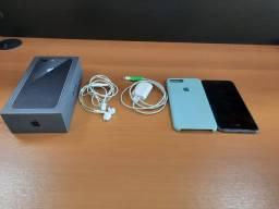 iPhone 8 Plus 256 Preto