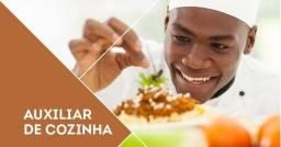Vaga para auxiliar de cozinha no bairro Agua Verde em Curitiba