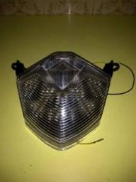 Lanterna traz z 750