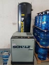 Compressor Schulz Parafuso, com Reservatório e Secador de Ar 7.5 HP