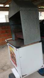 Carrinho de churrasco e máquina de lavar