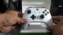Controle Xbox One Original Microsoft Bluetooth Novo