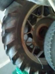 Vendo Par de pneus fino