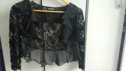 Blusa/echarpe preto de renda c/pedrinhas