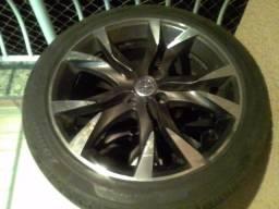 """Jogo de rodas Aro 17"""" Scorro S215 com pneus"""