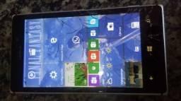 Nokia lumia 925 .esta funcionando. Vidro quebrado