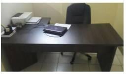 Mesa de Escritório MDF com gaveta R$ 700,00