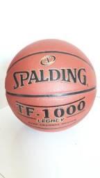 Bola de basquete TF-1000 Spalding