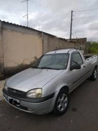 Ford Courier XL 1.6 Completa - 2001