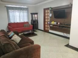 Linda Casa no Cnj D Pedro C 3Qts s 2 Suites Modulados e Climatizada com Edicula